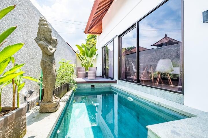 Canggu Modern Villa with Private Pool