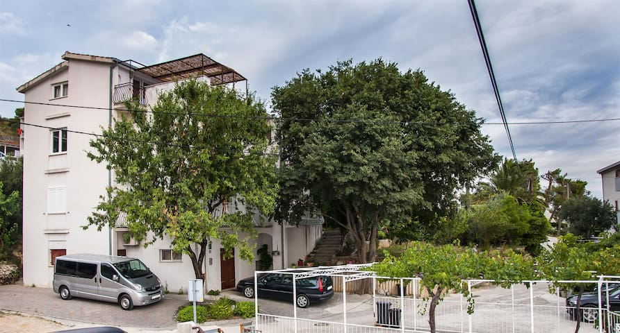 Apartment Amulic (21411-A2) - Duce - Appartement