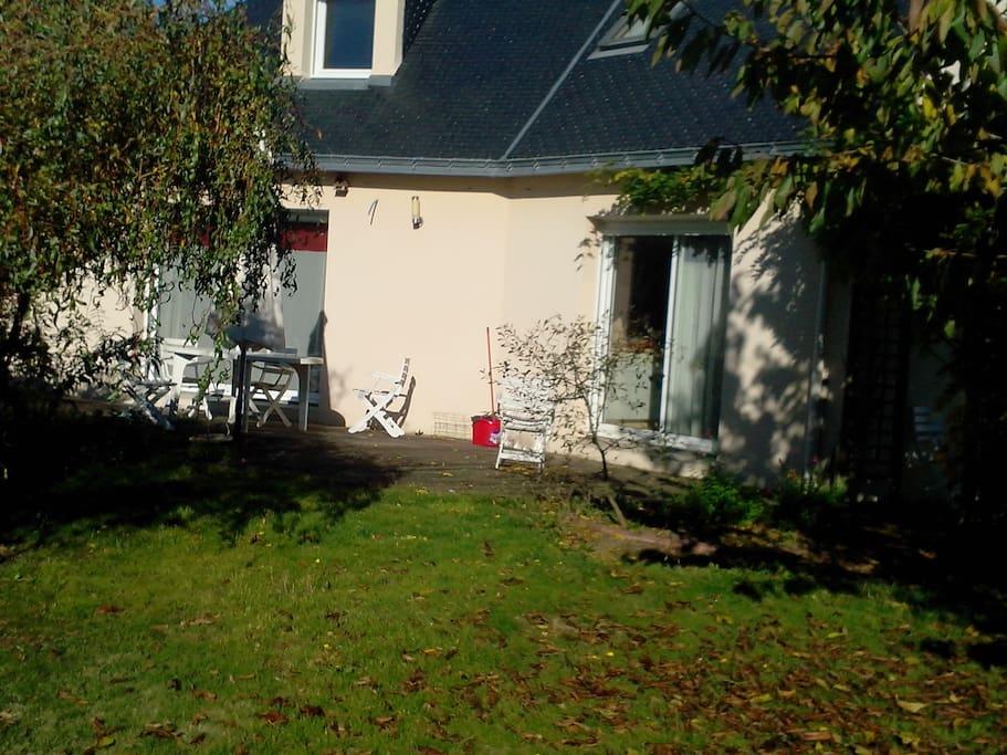 La terrasse et.. le jardin