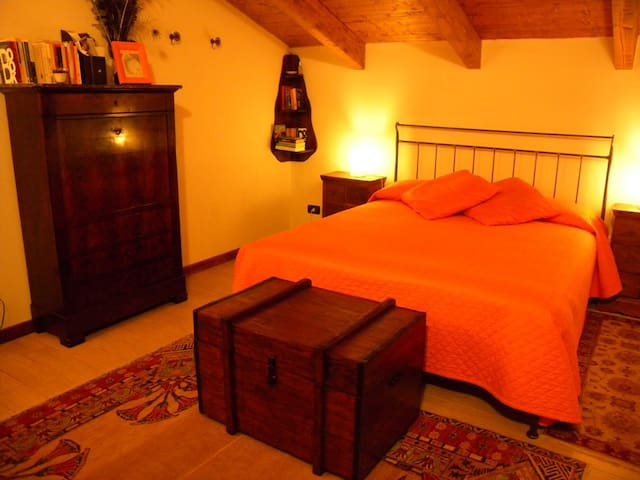CASCINA SAN MARTINO NICE APARTMENT East - Moasca - Apartamento
