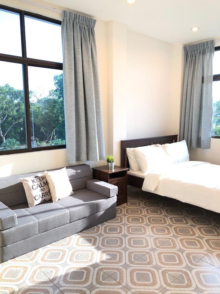NekNek Hostel Room 3