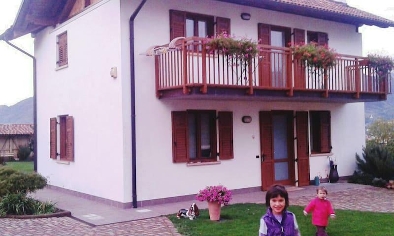 Villa Family Garden - A Casa di Barbara BB