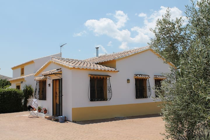 La Quebrilla - Olive and Lavender Farm and Villa - El Burgo - Вилла
