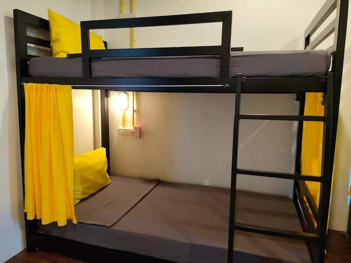 Best Bed Dorm room