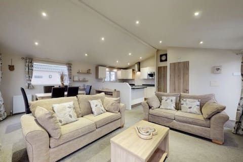 32 BD Luxury 3 bedroom Lodge  5* Patrington Haven