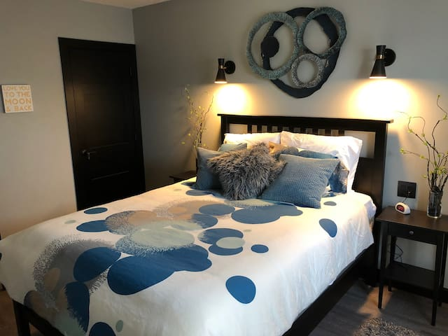 The Serenity Suite by Berlin Mainstreet Lodging