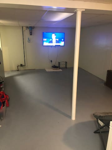 Clean, Private, full basement to yourself.