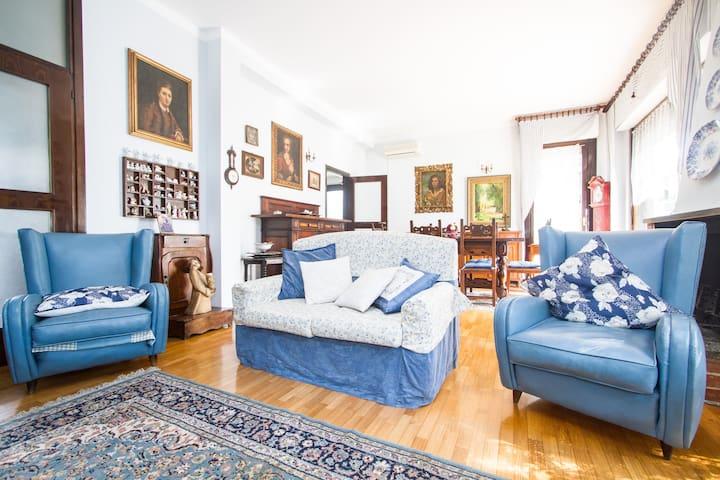 Villa Blu a 5 minuti da Rho Fiera - Arese - บ้าน