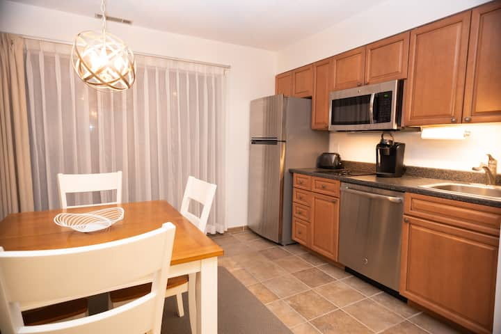 Spacious Grand Traverse Resort Condo Sleeps 6