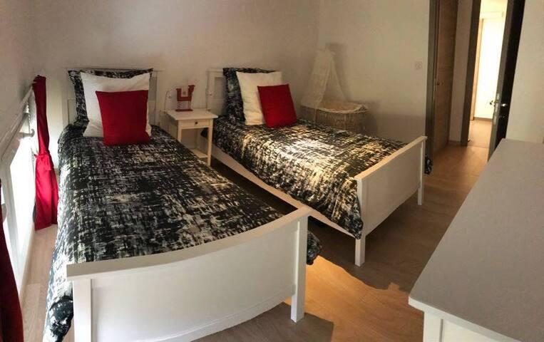 Chambre double  2 lits en 90
