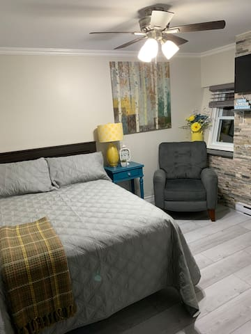 Double bed-common area