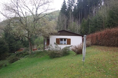 Little house between wood and - Maierleiten - Casa