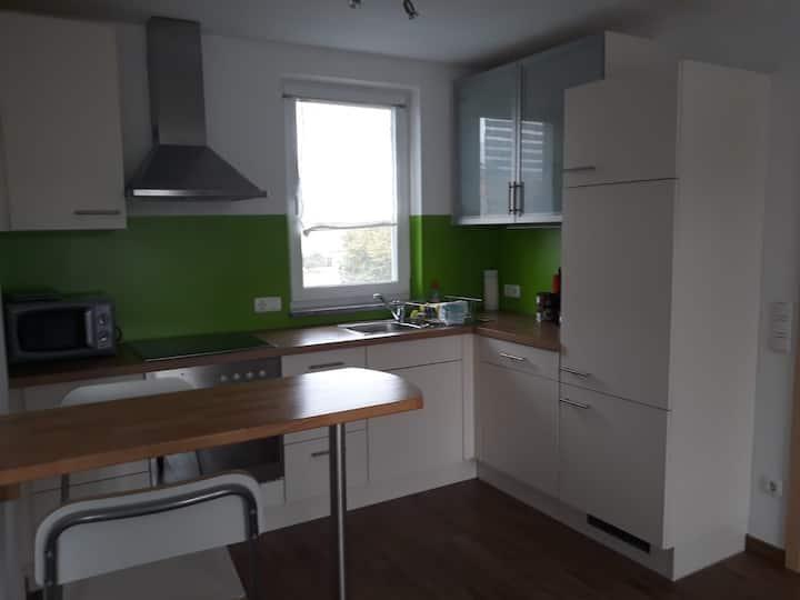 Ferienwohnung Asum -, Wohnung Bärbel  - Helle FeWo mit 2 Schlafräumen, Platz für 4 Personen und großzügiger Wohnküche & kostenfreiem WLAN