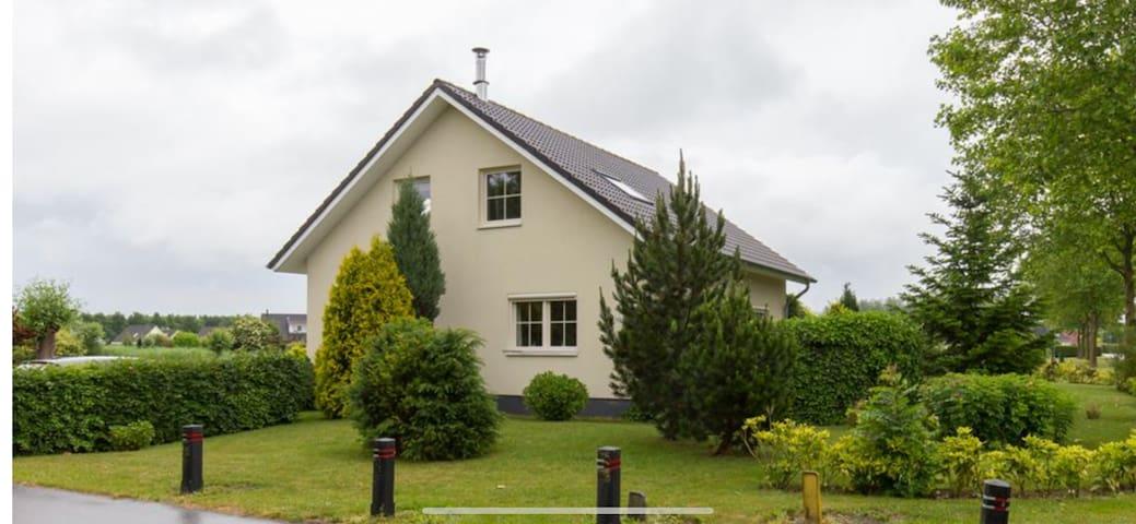 Ruime vakantie Villa in Zeewolde