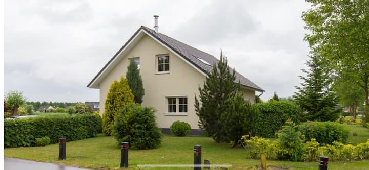 Horsterhoek 6 persoons huis met haard nabij bos