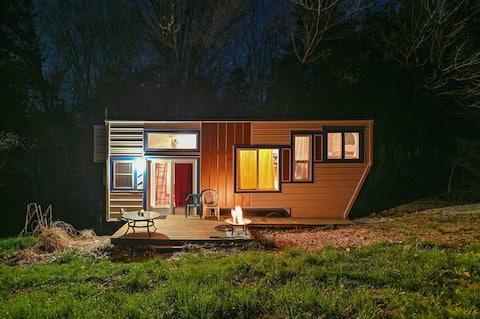 Tiny House - All By Yourself Space