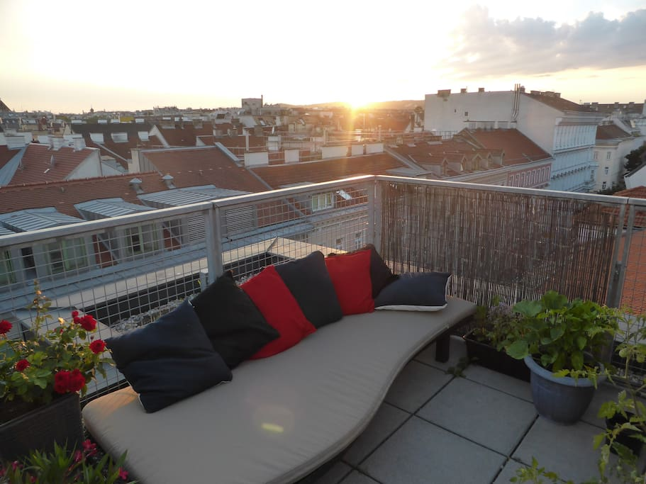 Enjoy beautiful sunsets on our terrace with a stunning 360° view over Vienna!