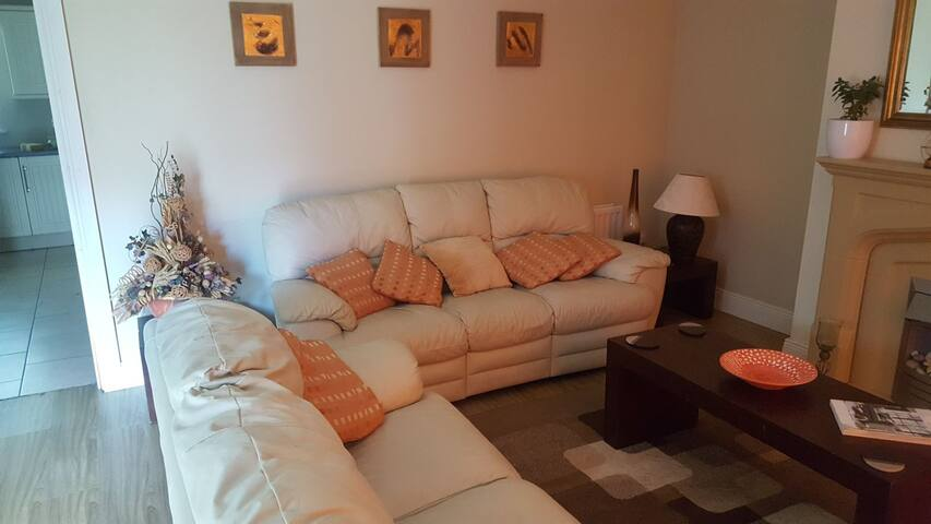 BEAUTIFUL LUXURY HOLIDAY HOME FOR RENT DUNFANAGHY.
