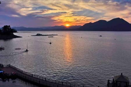 黄山太平湖风景区暖气房豪华三室两卫6-9人