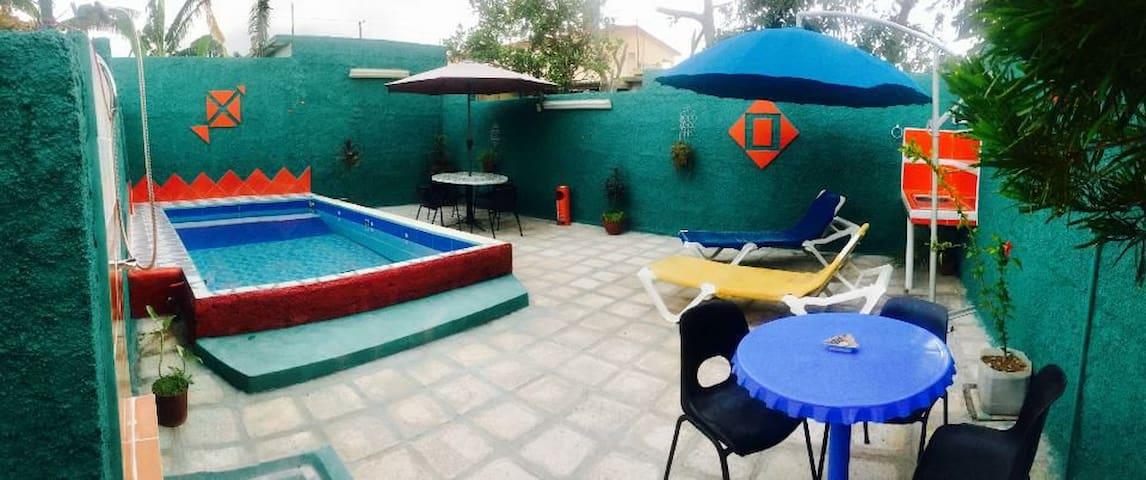 Hostal Frató un espacio ùnico para compartir... 2
