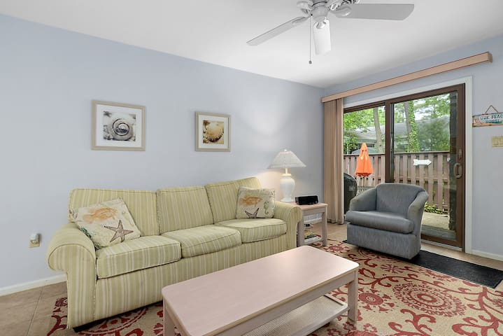 First Floor 2 Bedroom Condo with Private Courtyard & Outdoor Pool!