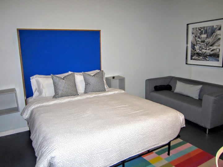 ✦Rare Secluded Hotel Loft✦Roof Deck✦INTRO PRICE✦