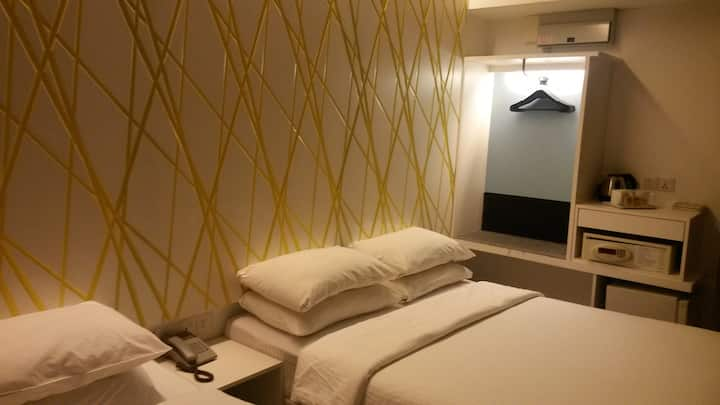 First World Hotel - Y5 [3 Pax] Triple Deluxe Room