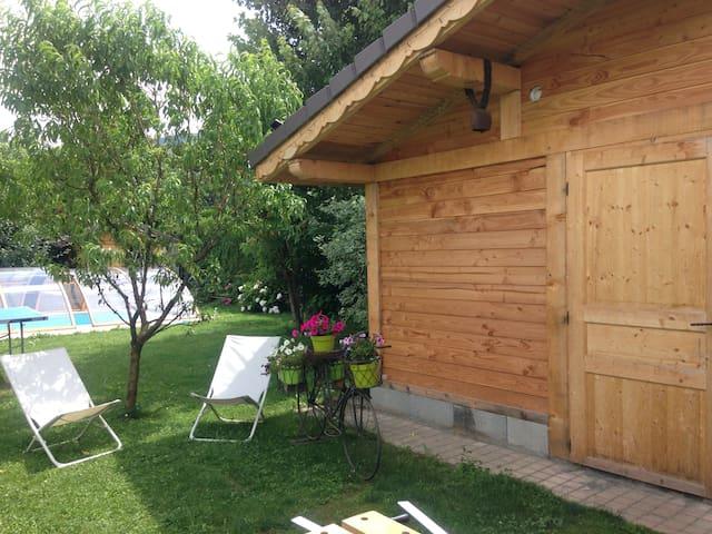 La cabane au fond du jardin - Domancy