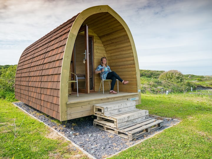 Cosy Pod for two - Merlin