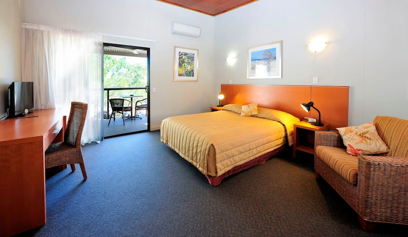 Gulf View Room, Groote Eylandt Lodge