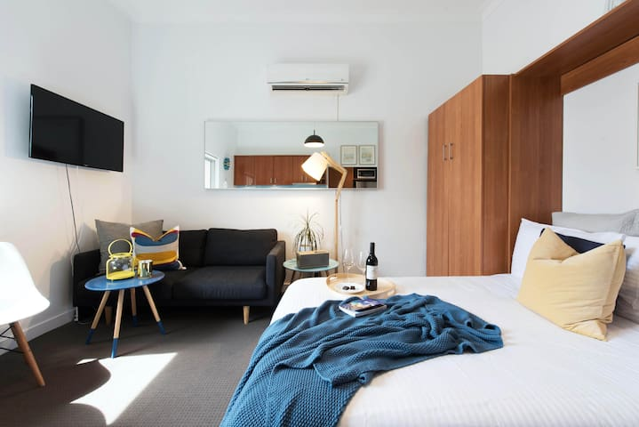 Boutique Studio Apartment on Bondi Beach