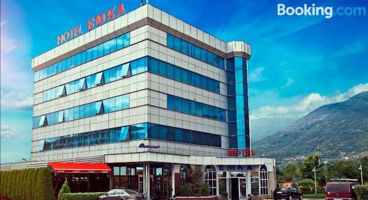 Hotel & Restaurant Emka
