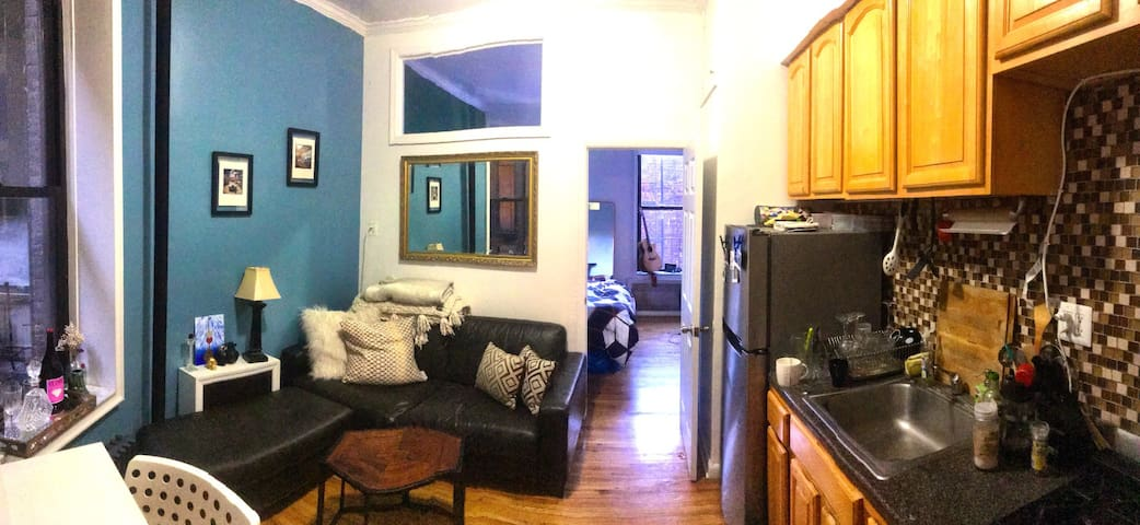 Sunny, Quiet 1 bdrm in heart of Lower East Side