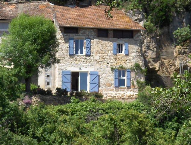 Belle Maison Quercynoise avec une vue imprenable