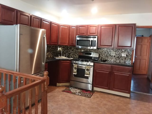Open dining room, kitchen floor plan.