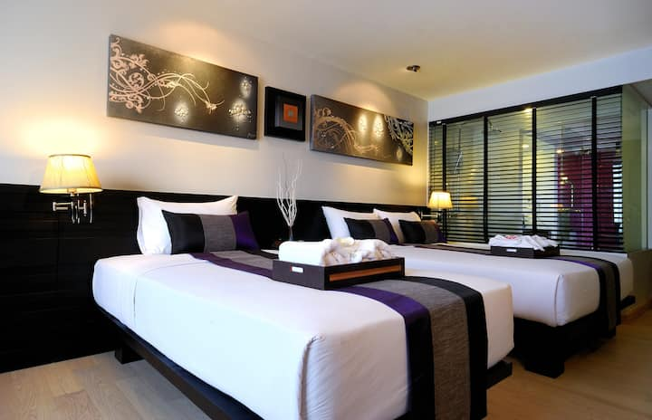 Grand Deluxe Room+ABF 2 persons near Khaosan Road