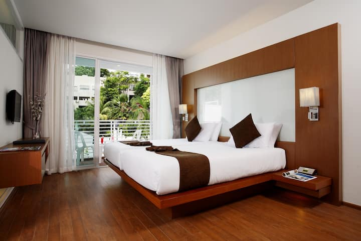 Cozy Room In Heart of Kata Town