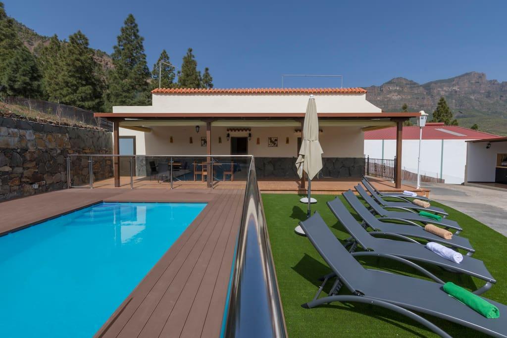Casa rural con piscina en san bartolome gc0266 casas for Casas vacacionales con piscina