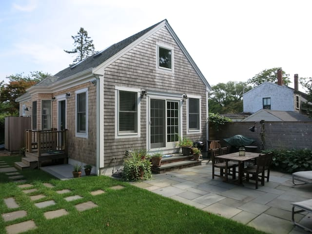 Classic New England Cottage