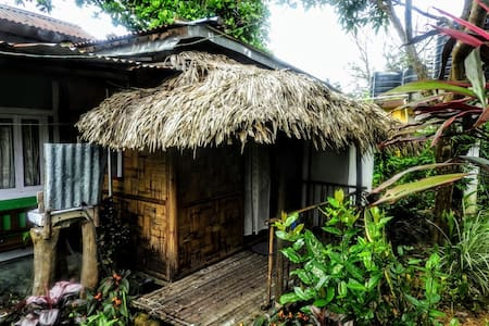 Brookside Bamboo Cottage