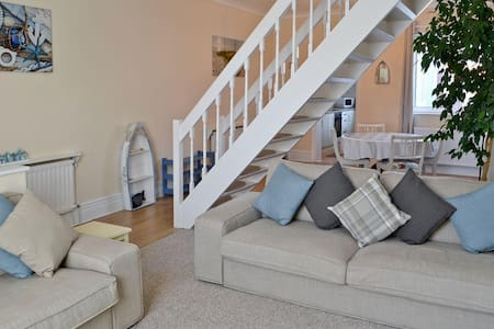 Cottage close to beach - Newbiggin-by-the-Sea - Ev