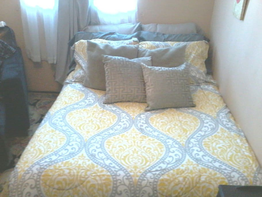 comfy full size bed