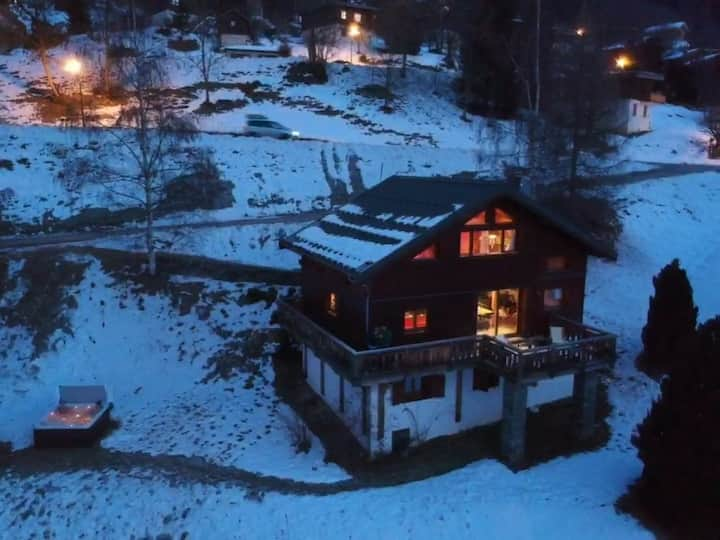 Quiet and luxury chalet Baloo in Valmorel