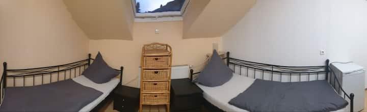Zimmer 2 (2 Personen)