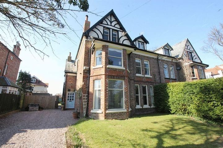 Late Victorian family home - West Kirby