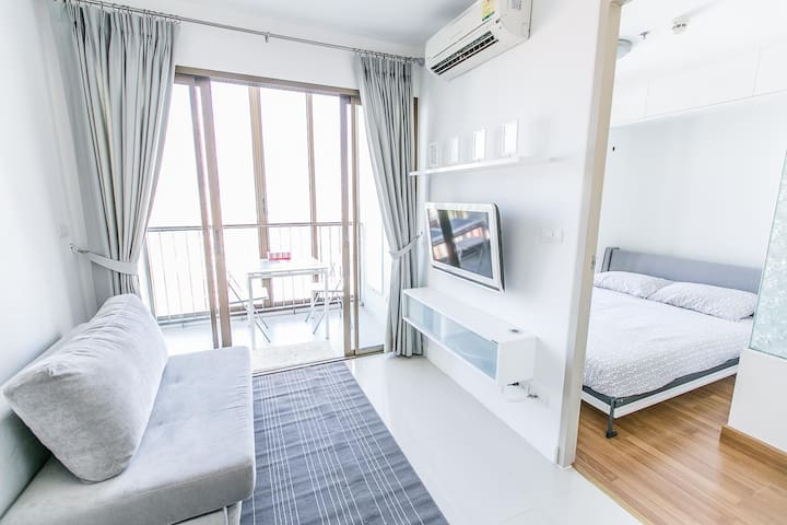 1 bedroom next to skytrain free wifi on floor 19 - Bangna - Departamento