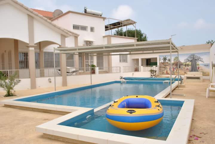 Appartement indépendant de 2 chbres avec piscine