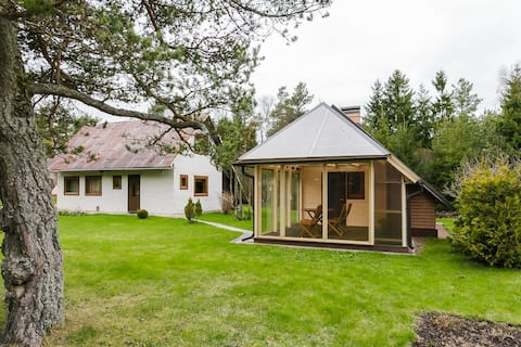 Summer house and holiday home with sauna & terrace