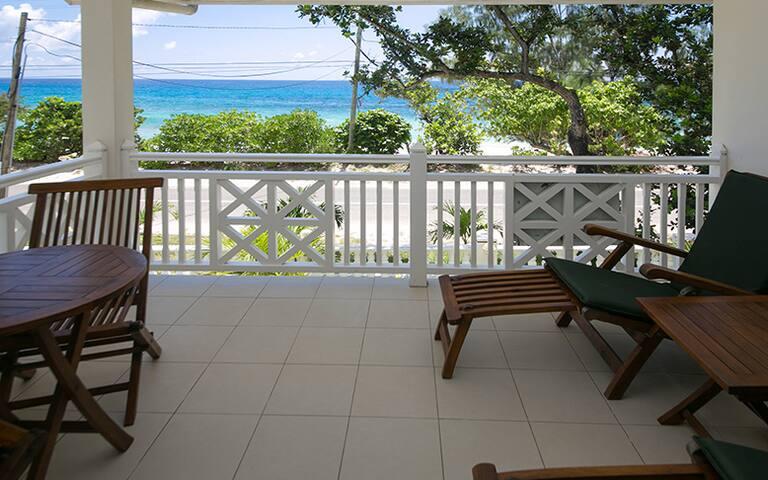 Villa Koket 2 Bedroom Bed & breakfast for 4 people - Machabee - Villa