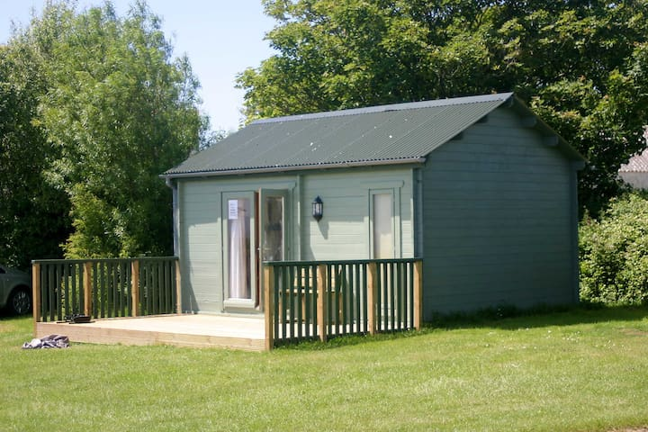 Glan-Y-Mor Summerhouse
